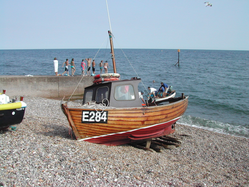Pics Photos - Small Wooden Fishing Boat